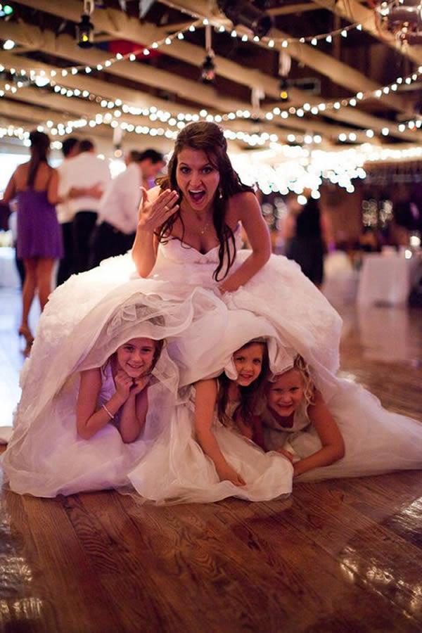 Daminhas embaixo da saia da noiva